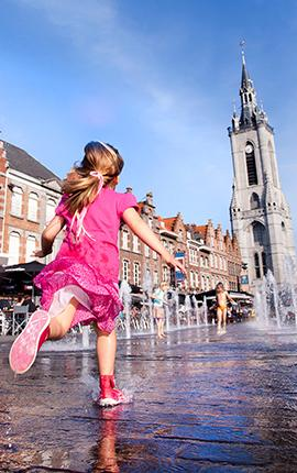 La Grand Place de Tournai en famille
